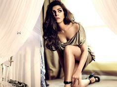 Nimrat Kaur Latest Photo Gallery From Movie Airlift