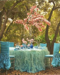 Blush and Turqoise, Aqua, Orchid centerpiece - feather table linen -#wildflowerlinen #fullcircleeventi