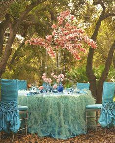 Blush and Turqoise, Aqua, Orchid centerpiece - feather table linen -#wildflowerlinen #fullcircleeventi