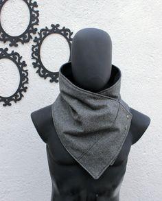 Bufanda para hombre, en lana gris oscuro con broches metálicos. Muy suave. moderna y súper calientita.