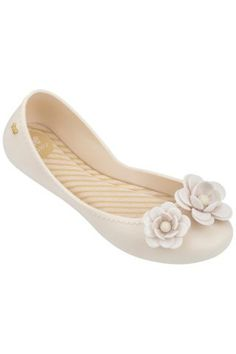 Dámské Boty / Different.cz - 950 Kč Wedges, Flats, Nike, Shoes, Fashion, Loafers & Slip Ons, Moda, Zapatos, Shoes Outlet