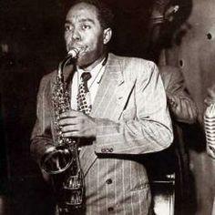 Charlie Parker. Llamado Charlie Bird Parker; Kansas City, 1920-Nueva York, 1955. Saxofonista y compositor estadounidense.