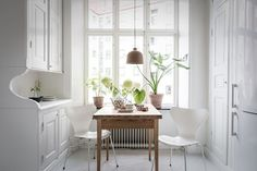 A lovely Swedish home full of contrast