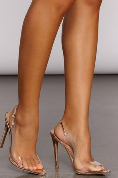 Sexy Legs And Heels, Sexy High Heels, Gorgeous Feet, Beautiful Shoes, Nylons Heels, Stiletto Heels, Cute Shoes, Me Too Shoes, Aesthetic Shoes