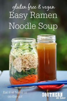 This Easy Homemade Ramen Noodle Soup Recipe can be eaten for dinner at home or as a lunch in the office or on the go! Made with whatever veggies, meat or protein you have available, this recipe is simple and delicious as well as gluten free, vegan (or not Clean Eating Vegetarian, Clean Eating Diet, Clean Eating Recipes, Clean Foods, Ramen Recipes, Vegetarian Recipes, Healthy Recipes, Vegan Vegetarian, Mason Jar Meals