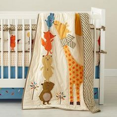 Crib Quilts: Forest Animal Crib Quilt in Crib Bedding and Baby Bedding Cute Quilts, Boy Quilts, Patchwork Baby, Baby Crib Bedding, Quilt Baby, Animal Quilts, Applique Quilts, Baby Sewing, Cribs