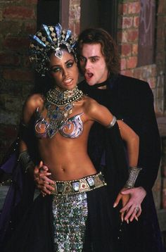 """Queen of the Damned"" - Queen Akasha (Aaliyah) and Lestat (Stuart Townsend) Vampire Love, Vampire Girls, Vampire Art, Vampire Queen, Female Vampire, Stuart Townsend, Peter Townsend, Estilo Tribal, Queen Of The Damned"