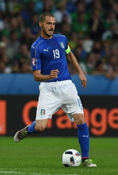 Leonardo Bonucci of Italy in action during the UEFA EURO 2016 Group E match between Italy and Republic of Ireland at Stade Pierre-Mauroy on June 22, 2016 in Lille, France.