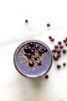 Wild Blueberry, Brazil Nut + Tahini Smoothie | This dreamy plant-based vegan smoothie is packed with calcium, potassium, selenium, b vitamins, and fiber!