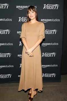 Dakota Johnson in Ryan Roche at the Variety's Actors on Actors Awards Studio in Los Angeles Dakota Johnson Feet, Estilo Dakota Johnson, Dakota Johnson Style, Dakota Mayi Johnson, Dakota Style, Celebrity Dresses, Celebrity Style, Garance, Pink Prom Dresses