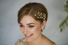 35 Modern Romantic Wedding Hairstyles For Short Hair throughout dimensions 1200 X 800 Wedding Hairstyles For Short Hair Bride - Quick hairstyles usually Short Black Hairstyles, Quick Hairstyles, Bride Hairstyles, Headband Hairstyles, Straight Hairstyles, 1960s Hairstyles, Creative Hairstyles, Bridesmaid Hairstyles, Hairstyle Short