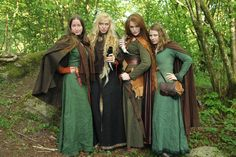 The Viking Queen - ~Viking Women at Bjørgvin Viking Faire~ Photo by...