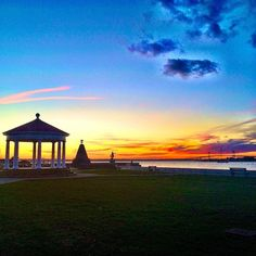 Call us biased but there's nothing we love more than a #NewportRI sunset. Credit: Mia Lupo