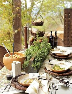 Lovely Tuscan inspired table settings   My Cosy Retreat