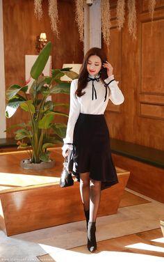 Korean Women`s Fashion Shopping Mall, Styleonme. Korean Fashion Work, Korean Fashion Trends, Korea Fashion, Curvy Fashion, Asian Fashion, Modest Fashion, Fashion Tips For Women, Fashion Dresses, Women's Fashion