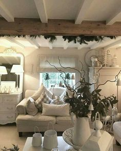 Shabby chic living room ideas at home is surely can invite the good ambiance act. - Shabby chic living room ideas at home is surely can invite the good ambiance actually quite easy to - Farmhouse Chic Living Room, Living Room Diy, Home Decor, House Interior, Cottage Lounge, Cottage Living Rooms, Interior Design, Chic Home Decor, Living Room Designs