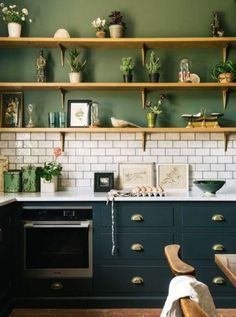 Very modern neo rustic kitchen in an old presbytery PLANETE DECO a homes world Devol Kitchens, Home Kitchens, Style At Home, Rustic Kitchen, Kitchen Decor, Kitchen Shelves, Kitchen Modern, Kitchen Ideas, Kitchen Cabinets