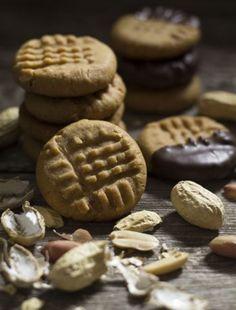 Burritos, Biscotti Cookies, Roasted Peanuts, Granulated Sugar, Peanut Butter Cookies, Brown Sugar, Baking Soda, Biscuits, Vanilla