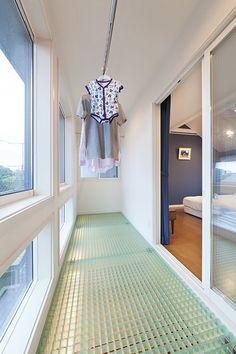 実例 in 2020 Laundry Decor, Laundry Room Design, Home Interior Design, Interior Decorating, Utility Room Storage, Sister Home, Modern Laundry Rooms, Natural Interior, Tiny House Plans