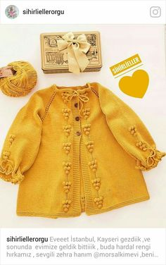 Crochet Baby Sweaters, Knitted Baby Cardigan, Baby Girl Patterns, Baby Knitting Patterns, Easy Knit Baby Blanket, Baby Boy Fashion, Knitting For Kids, Cute Baby Clothes, Girls Sweaters