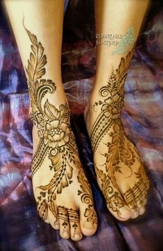 Wedding Henna. Check out more desings at: http://www.mehndiequalshenna.com/