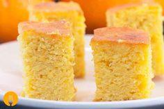 El bizcocho, o también llamado bizcochuelo, es un tipo de masa muy usada en repostería para elaborar gran cantidad de productos, como tortas, pasteles o ta