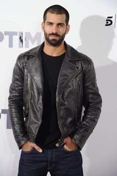 Men's Leather Jackets: How To Choose The One For You. A leather coat is a must for each guy's closet and is likewise an excellent method to express his individual design. Leather jackets never head out of styl Leather Jeans Men, Men's Leather Jacket, Leather Jackets, Black Leather, Hairy Men, Bearded Men, Hommes Sexy, Hair And Beard Styles, Good Looking Men