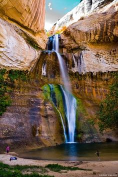 Why you need to hike lower Calf creek falls, in southern Utah. Put it on your bucket list.