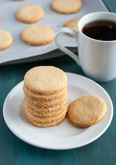 Shortbread Cookies (1/2c butter, 2c almond flour, 1/2c sweetener and 1/2 tsp vanilla. Bake at 350 for 10-12 minutes)
