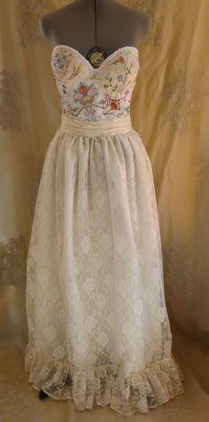 Meadow Bustier Wedding Gown... dress boho by jadadreaming on Etsy, $450.00