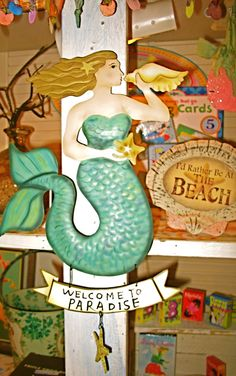 Shopping at Ginny and Jane E's on Anna Maria Island