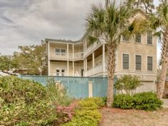Great 4BR Home with Swimming Pool, Balconies Galore, Gourmet Kitchen and ElevatorVacation Rental in St. Simons Island from @HomeAway! #vacation #rental #travel #homeaway