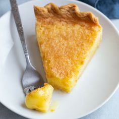 Lemon Chess Pie is a such a classic southern dessert that yields phenomenal flavor. This lemon version of chess pie comes together with just a handful of ingredients! Lemon Dessert Recipes, Lemon Recipes, Pie Recipes, Baking Recipes, Recipies, Southern Desserts, Just Desserts, Delicious Desserts, Ferrero Rocher Torte