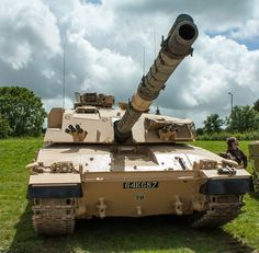 Category:Challenger 1 at the Tankfest 2012 Military Tattoos, Combat Gear, Battle Tank, Ww2 Tanks, Armored Vehicles, British Army, Military Vehicles, Wwii, Armour