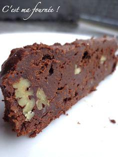 De l'univers devrais-je dire...   Amateurs de gâteaux au chocolat puissants et fondants, vous allez défaillir. Ce brown...