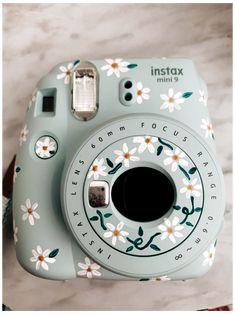 Polaroid Instax Mini, Instax Mini 9, Vintage Polaroid Camera, Fujifilm Instax Mini, Cute Camera, Camera Art, Film Camera, Camera Tips, Vintage Cameras