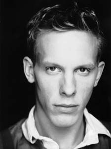 Laurence Fox- He looks so much like his cousin Freddy Fox here...!!!