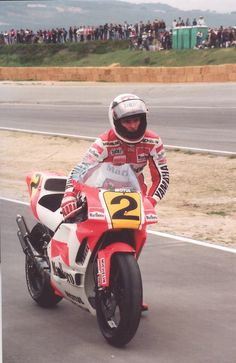 push bike …Wayne Rainey, Marlboro Roberts-Yamaha YZR500,...