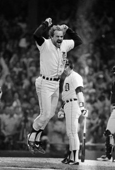 Kirk Gibson jumps after his 8th inning homer helped the Tigers beat San Diego, 8-4, and win the World Series, 10/14/1984.