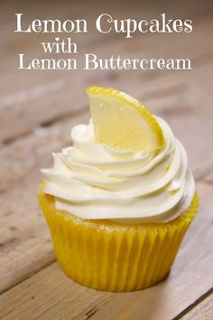 Can't wait to try these Lemon Cupcakes with Lemon Buttercream! Can't wait to try these Lemon Cupcakes with Lemon Buttercream! Food Cakes, Lemon Buttercream Frosting, Lemon Cake Frosting, Lemon Cream Cheese Frosting, Lemon Cupcakes, Vanilla Cupcakes, Chocolate Cupcakes, Salty Cake, Lemon Recipes