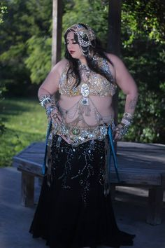 Grace Craft of Craft Fusion Belly Dance (Brownsville, TX). Photo by V1P Studios. (plus size belly dance ♥)