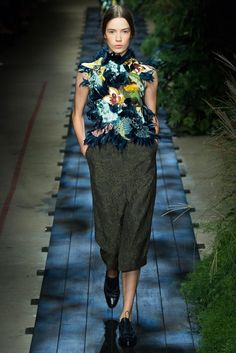 Erdem Spring 2015 Ready-to-Wear Fashion Show - Annely Bouma (VIVA)