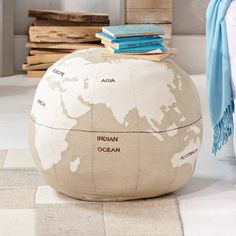 "pouf ""world"", impressionen.at"