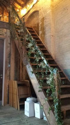 Ivy and Gypsophila wedding staircase...