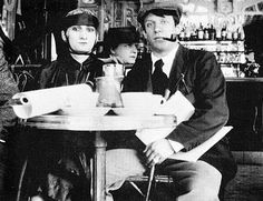 "In the cafe ""Rotonda"". 1916 From left to right: Picasso, Maria Vasilyeva, model Paceret."