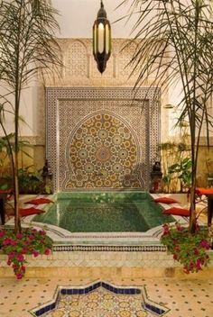 Dar El Souk - Luxury Riad in Marrakech, Morocco. Book Dar El Souk Today with Hip Marrakech - specialists in English Speaking Accommodation in Marrakesh, Morocco. Moroccan Design, Moroccan Decor, Moroccan Style, Moroccan Bedroom, Moroccan Lanterns, Kleiner Pool Design, Riad Marrakech, Marrakech Hotels, Moroccan Garden