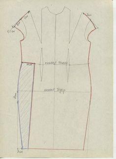 11 Платье с драпировками