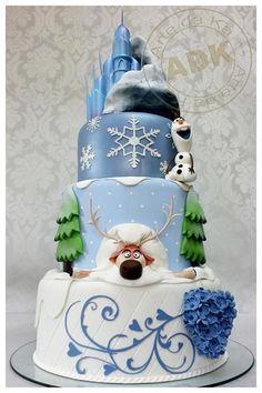 Cake Art: 15 Cutest Disney Cakes in the world - The Contemporary Women Bolo Frozen, Torte Frozen, Elsa Torte, Disney Frozen Cake, Frozen Theme Cake, Frozen Birthday Cake, Disney Cakes, Birthday Cakes, Olaf Birthday