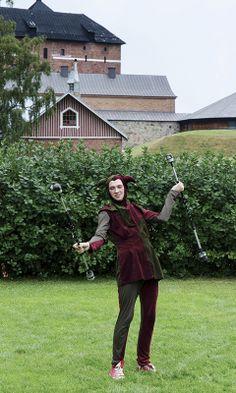 Hämeen keskiaikamarkkinat - Häme Medieval Faire 2012, Narri - Jester, © Heikki Haavisto Medieval, Hipster, Halloween, Style, Fashion, Swag, Moda, Hipsters, Fashion Styles