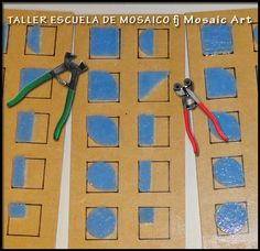 fj Mosaic Pots, Mosaic Diy, Mosaic Wall, Mosaic Glass, Mosaic Tiles, Tile Crafts, Mosaic Crafts, Stained Glass Flowers, Fused Glass Art